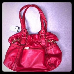 ⬇️ $120 Wilson's leather NWT red bag 15x11